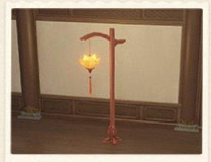 Tasseled Lantern: Deck the Streets