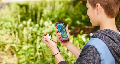 Pokemon Go, How To Use Poke Ball Plus