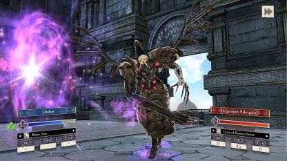 Edelgard Has Long Range Attacks